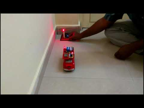 Automatic Stopping Vehicle in Red Signal ♦ ECE Mini Project ♦ School Working Model