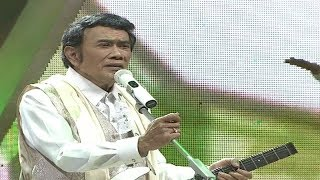 Download lagu Rhoma Irama dan Soneta Group Tersesat Irama Ramadan Rhoma Irama MP3
