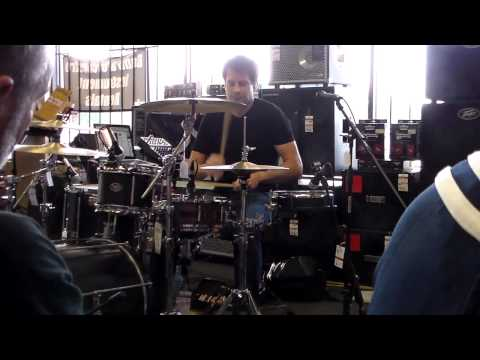 "Johnny Rabb Drum Clinic - Collective Soul ""Heavy"""