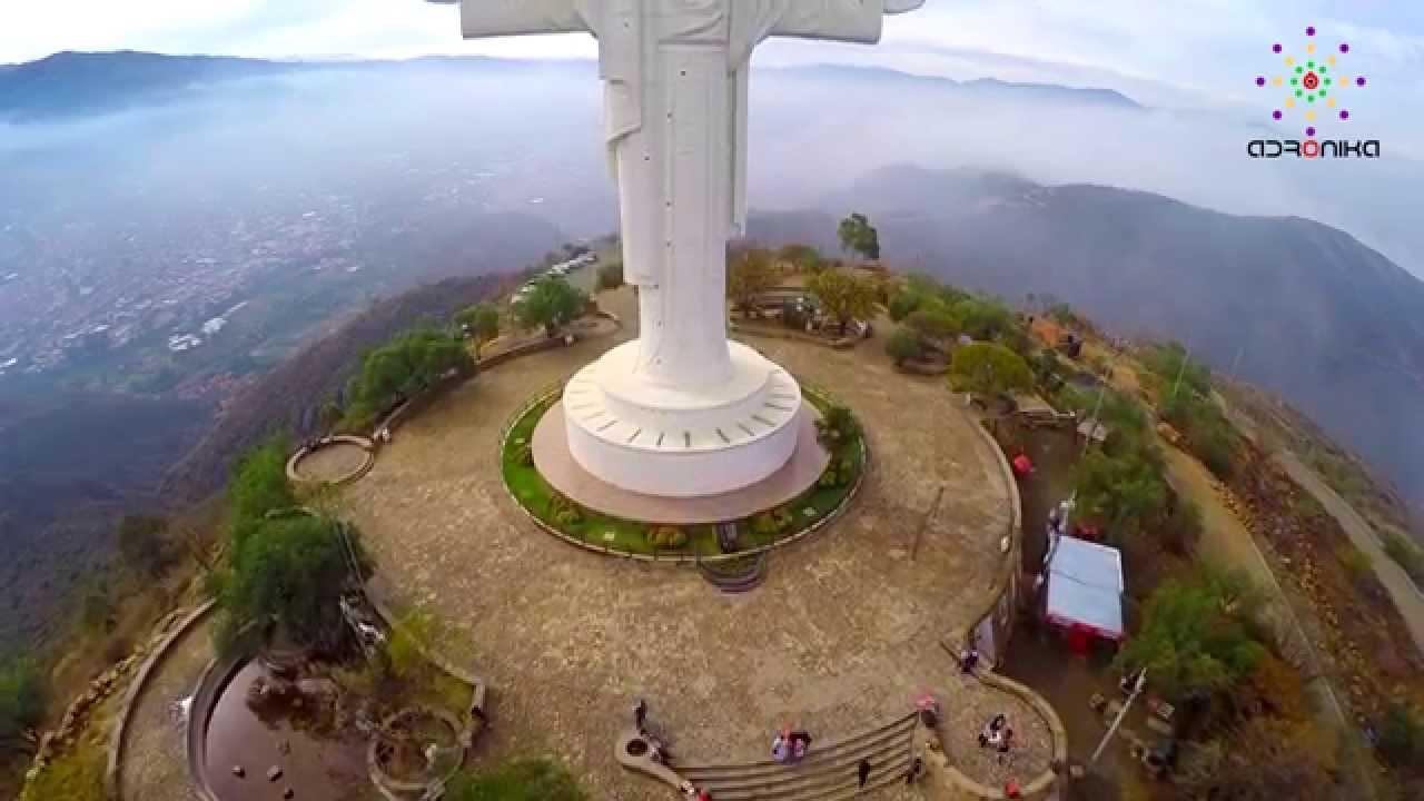 Una Visita Al Cristo De La Concordia