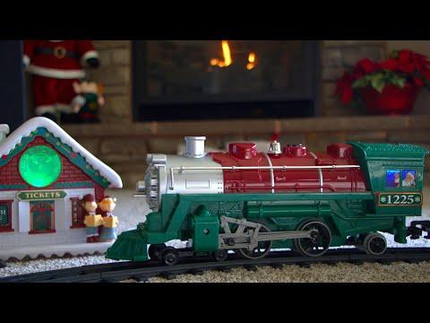 Is This $59 Santa Express Train Set From WalMart Any Good?