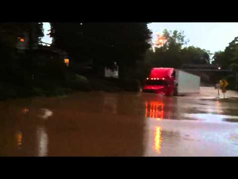 18 Wheeler Truck Drives Through 5 Foot Flood