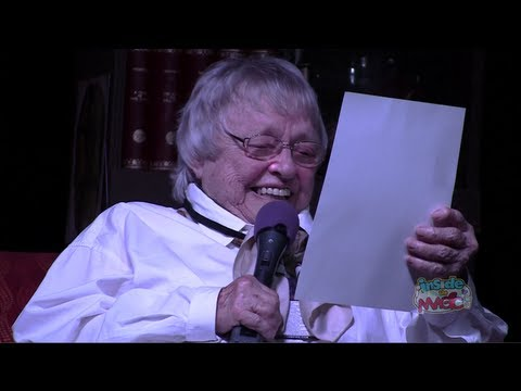 Ursula voice Pat Carroll does The Haunted Mansion Ghost Host lines at Spooky Empire's May-Hem
