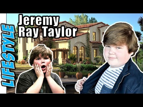 IT movie actor Jeremy Ray Taylor Lifestyle | Age | Net Worth | Income | Family | House | Girlfriend