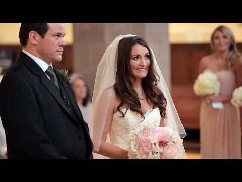 Greyfriar's Kirk Wedding film - Alyson & Gavin