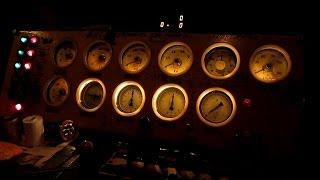 Из кабины электровоза ВЛ80С-1692/1758(Видео из кабины электровоза ВЛ80С-1692/1758 (приписан ТЧЭ-6 Батайск С-КАВ), следование под состав грузового поезда..., 2015-01-19T12:30:02.000Z)