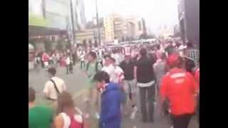 Walki uliczne z policją przy strefie kibica Mecz Polska-Rosja Warszawa 12.06.2012