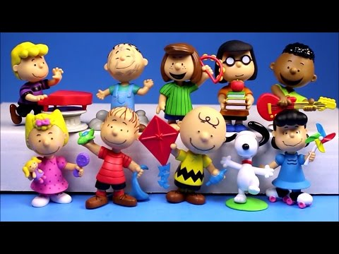 Peanuts Movie Just Play 10 Figure Collector Set Snoopy Charlie Brown Unboxing Review Opening