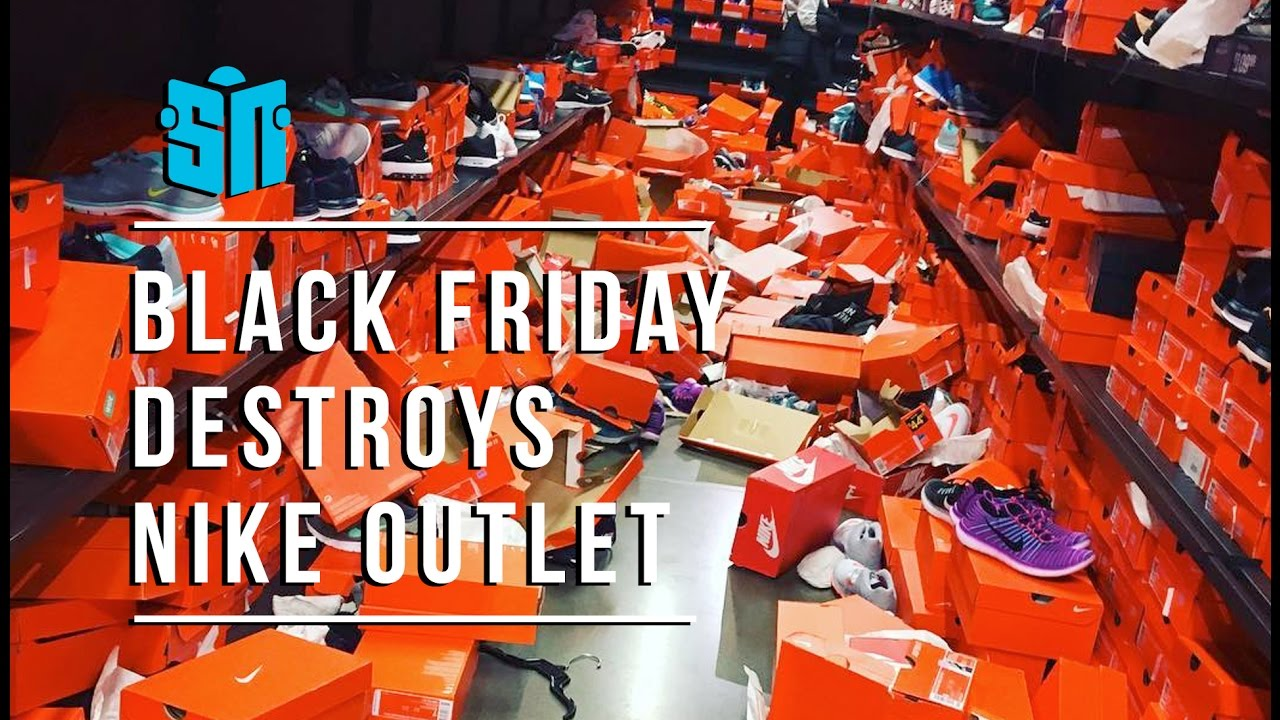 Black Friday Destroys Seattle Nike Outlet - YouTube