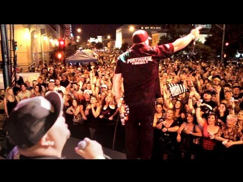 Huge Crowd for the Moonshine Bandits!!  Xfest 2011 roundup!!