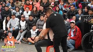 Zapętlaj FIGURA FT JEFFERSON Y FREJOLITO ||  Comicos Ambulantes - Video Official  HD | Figurita Oficial