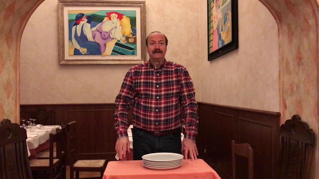 Come Portare I Piatti Cameriere.Come Portare I Piatti Della Pizza Cameriere Youtube