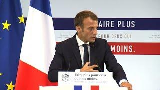 Plan pauvreté: Macron veut un