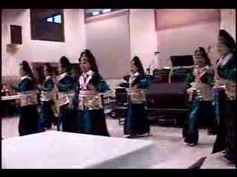 Nkauj Hmoob Xamnuam Hmong Dance