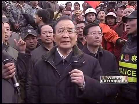 Chinese Premier Wen Jiabao visits quake zone in China