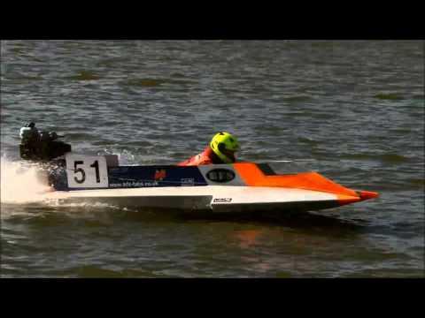 Powerboat Racing Oulton Broad