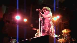 """Sex-O-Matic Venus Freak"" Performance by Macy Gray"