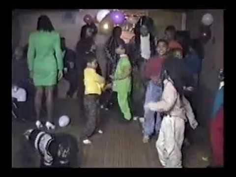 The Cust's House Warming (Part 2) The Children Dance!!