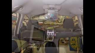 Montáž stropního monitoru do auta