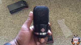 Unboxing of the Neumann TLM 107 bk
