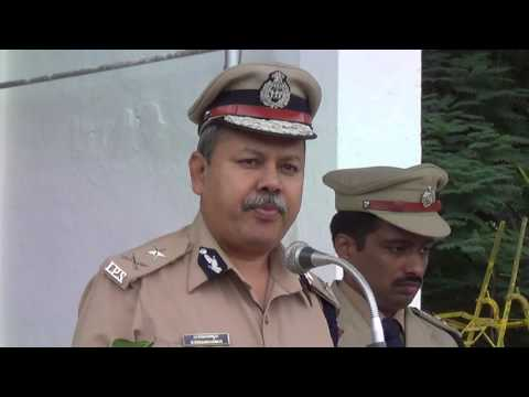 M  Nanjundaswami IPS speaking to the Chitradurga District Police