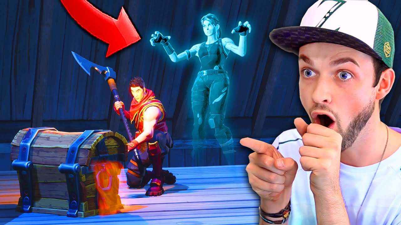 Warning There Are Ghosts In Fortnite Youtube