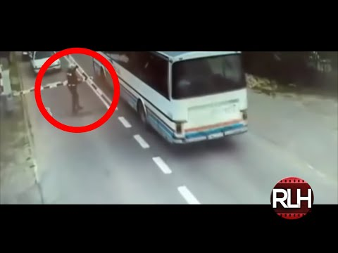 10 Stories of Heroes Saving Strangers from Oncoming Train🚊 REAL LIFE HEROES 2017