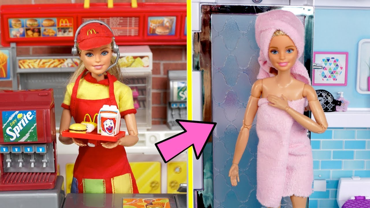 Download Barbie Twins School Night Routine - Working Mc Donalds Drive Thru & New Boyfriend!