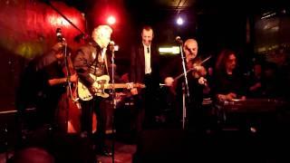 Georgia on a Fast Train Lloyd McCarter sings with hero Dale Watson Lincoln, NE Zoo Bar