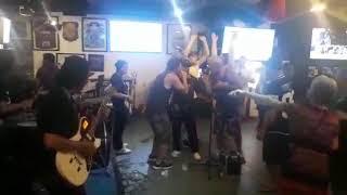 Fun Night at Y Sport Bar with Justin n' Friends Band Bali