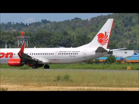 NAM Air Landing disusul Lion Air dan Sriwijaya Air Take Off di Bandara DEO Kota Sorong