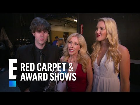 Glen Campbell's Family Reacts to 2017 CMA Awards Tribute | E! Live from the Red Carpet