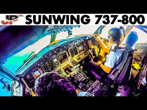Piloting The Boeing 737 To The Caribbean | Cockpit View