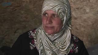 مصر العربية | فلسطينيون يتخذون من الكهوف بيوتاً هربا من جرافات الاحتلال