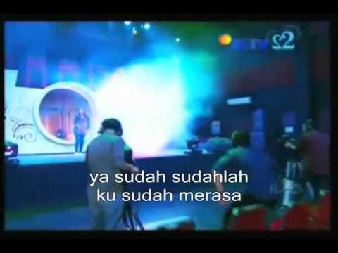 Download Mp3 Curiga - Ashilla Z (clip+lyric).wmv terbaru 2020