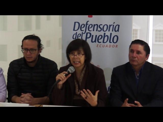 Rueda de Prensa - Pronunciamiento UNE