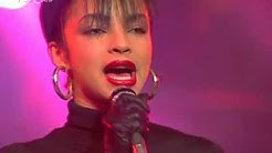 """Sade """"Hang On to Your Love""""  """"Smooth Operator"""" """"Your Love Is King"""" (Tocata 23-07-85)"""