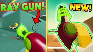 THE NEW RAY GUN ON BAD BUSINESS IS OP!? (ROBLOX)