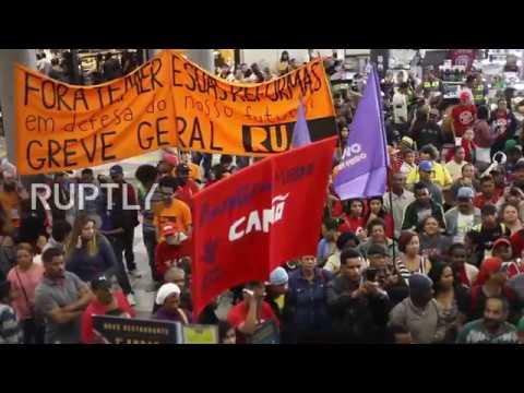 Brazil: Anti-Temer protesters occupy Sao Paulo Congonhas Airport