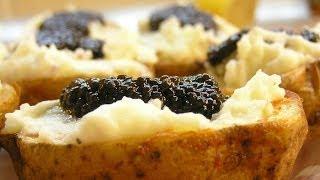 Праздничный картофель с чёрной икрой / Baked potato with cream and caviar ♡ English subtitles