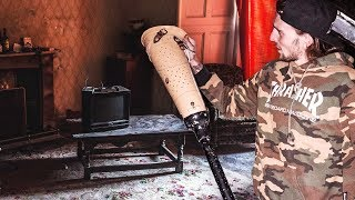 UNTOUCHED ABANDONED HOUSE WITH EVERYTHING LEFT BEHIND (FOUND A PROSTHETIC LEG)