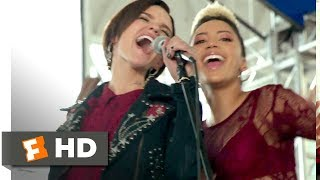 Download Pitch Perfect 3 (2017) - Zombie Apocalypse Scene (3/10) | Movieclips
