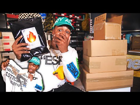 UNBOXING A TON OF NEW SH*T! ASTROWORLD MERCH LANDED & YOU'VE NEVER SEEN THESE SNEAKERS BEFORE!