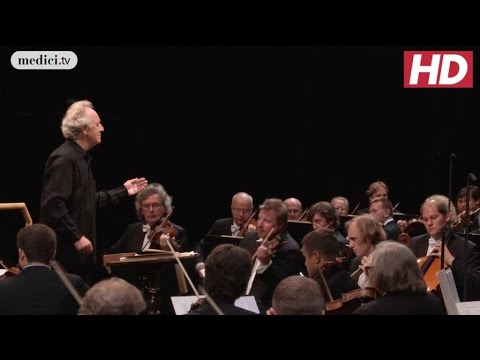 Yuri Temirkanov - Six Musical Moments - Schubert