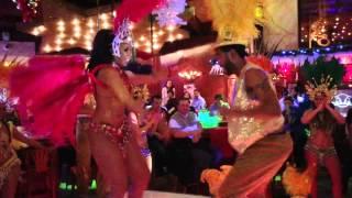 Toutes les Couleurs de la Plus Grande Fête au Monde: Carnaval de Rio //  Meu Brasil Show