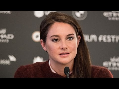 Shailene Woodley Gets Choked Up While Discussing Thanksgiving at Dakota Access Pipeline Protest
