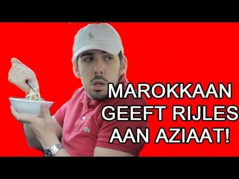 Marokkaan Geeft Rijles Aan Aziaat (Seizoen 1, Aflevering 6) - Mertabi
