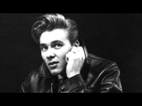 Billy Fury - Wondrous Place (1963 version, second B. Fury recording)