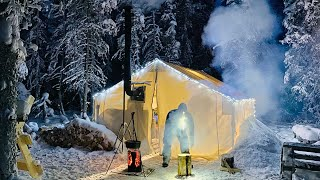 -38C EXTREME COLD WIΝTER CAMPING in a HOT LOVE SHACK *Valentines Day*