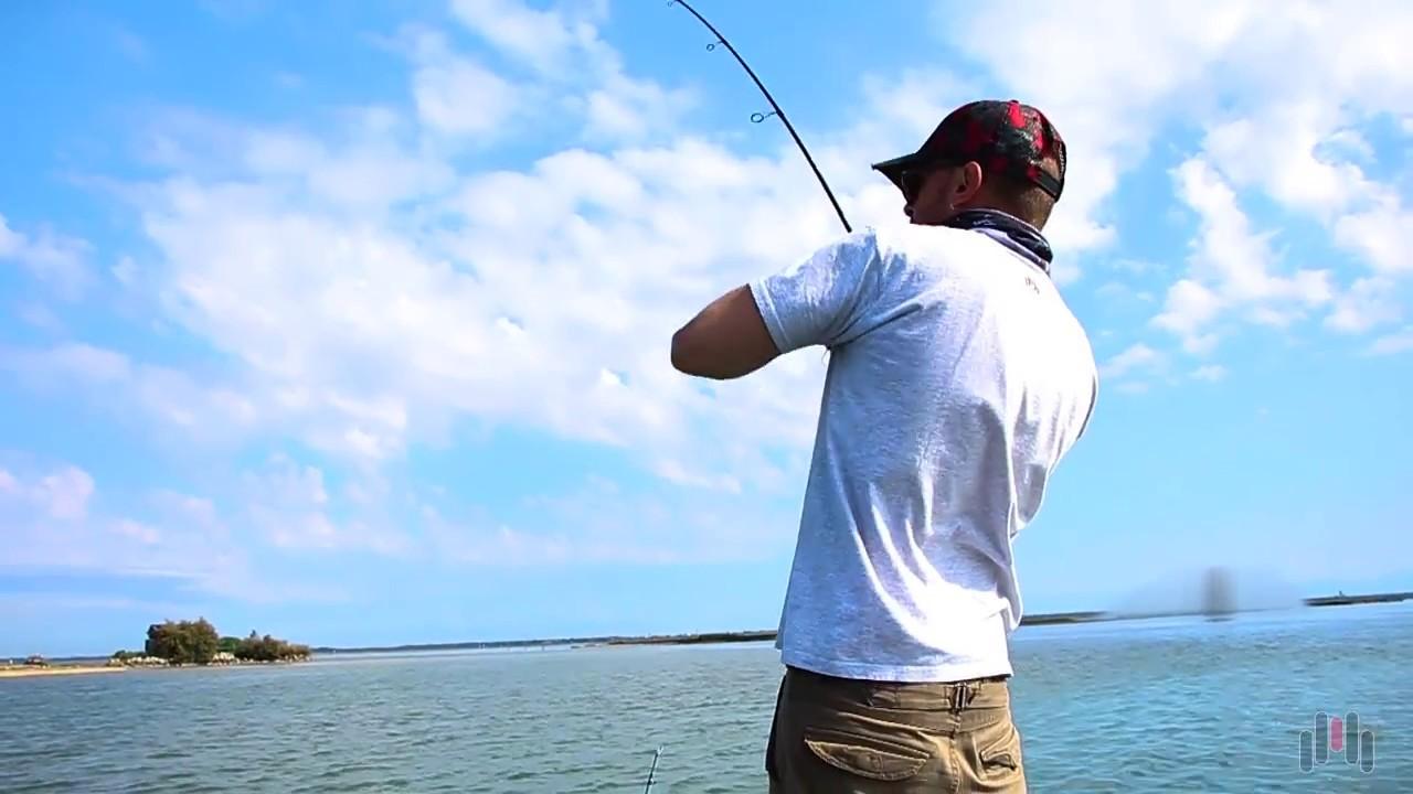 pesca alla spigola dalla barca